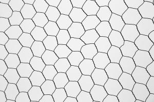Сетка 25х40х0,5мм шестиугольная ширина 92см. рулон 25м