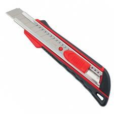 Нож металл Матрикс 18 мм 78933