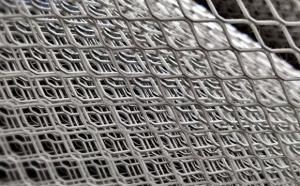 Сетка металл.0,3мм, шир. 1м. просечно-вытяжная