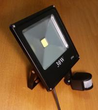 Прожектор 30Вт 1 LED с датчиком движения 1702-53/1801-44