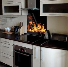 """Кухонный экран из стекла 600х600х4мм """"Пламя"""""""